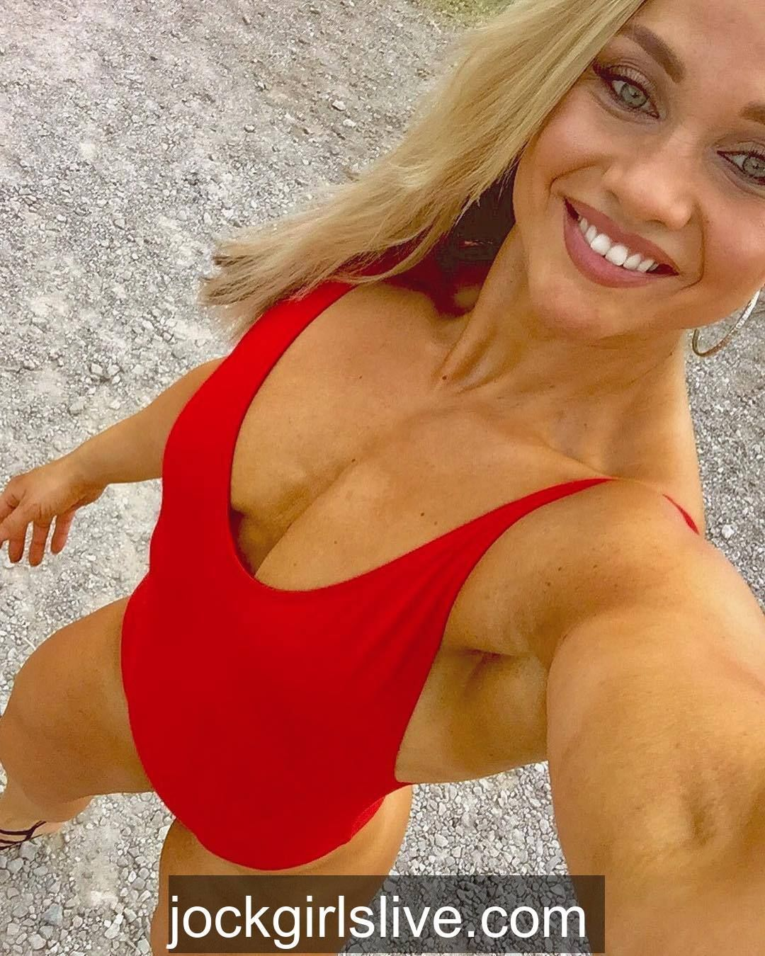 Girlswithmuscle images